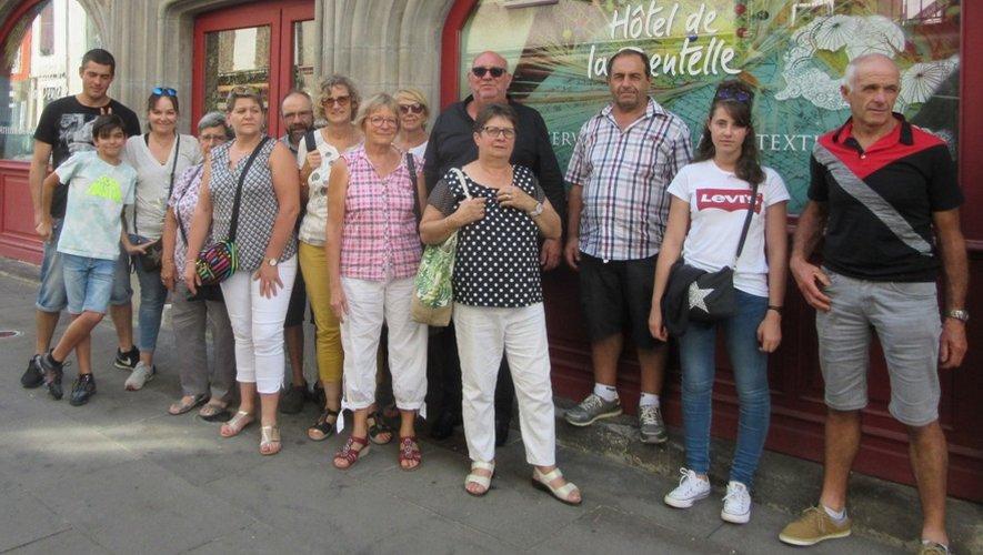Une partie des participants à l'issue de la visite du musée de la dentelle.