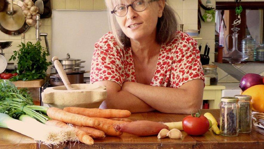 Causerie sur la cuisine médiévale par Sylvie Campech – Archéologue et historienne de la cuisine, chroniqueuse culinaire, conférencière et professeure de cuisine historique.