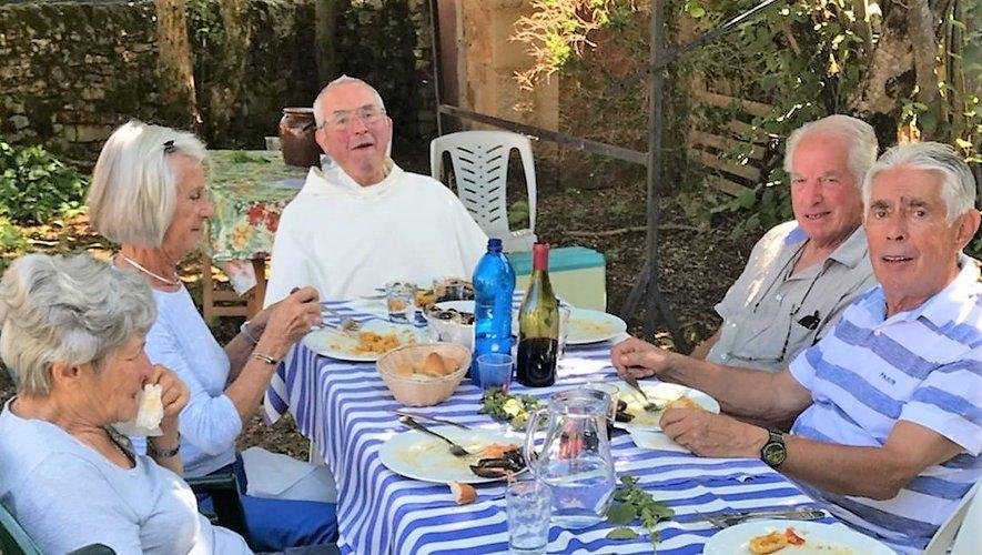 Le Frère Jean-Marc a retrouvé ses anciens paroissiens.