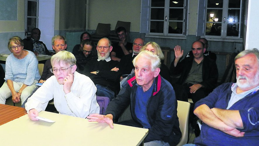 Une trentaine de personnes a assisté à la réunion de mardi soir à la Maison des sociétés.