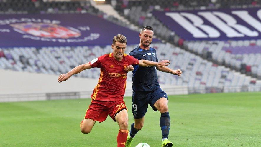 Valentin Henry devrait occuper le couloir droit côté Ruthénois, comme toujours depuis le début de la saison de Ligue 2. Jean-Louis Bories