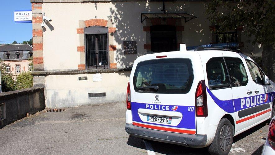 Le compagnon a été entendu au commissariat de la ville.