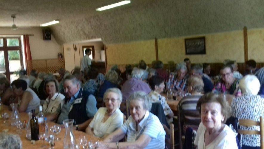 Ce sont 65 adhérents qui se sont retrouvés pour le repas d'été des aînés.