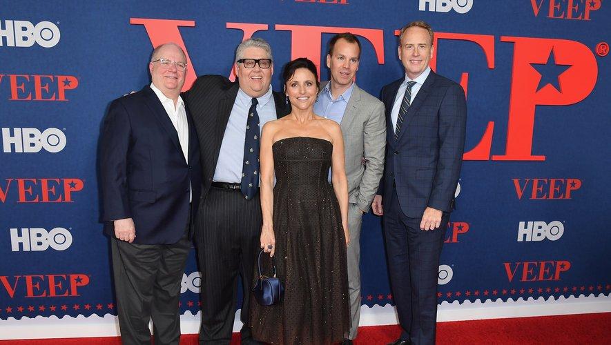"""Le dirigeant de WarnerMedia Robert Greenblatt (ici en photo avec l'équipe de """"Veep"""") est mis à l'honneur le mardi 15 octobre avec une conférence sur """"l'offensive du streaming"""""""