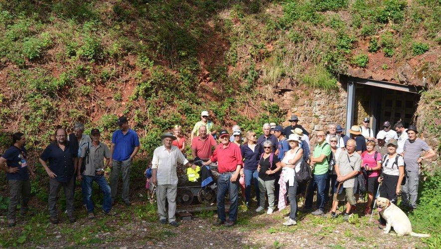 La randonnée et la visite d'une mine de fer commentée par Jean Rudelle de samedi dernier à passionné plus d'une cinquantaine de personnes au total.