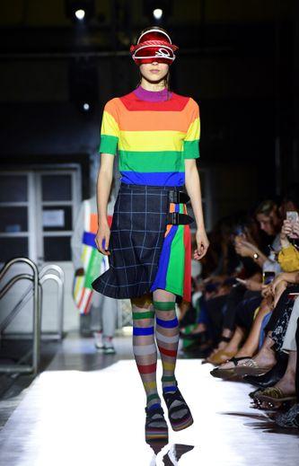 Les couleurs emblématiques de Benetton dominent la collection, en rayures horizontales ou verticales, en association avec des carreaux. Milan, le 17 septembre 2019.