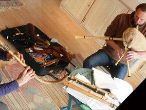 Des instruments du moyen-âge.