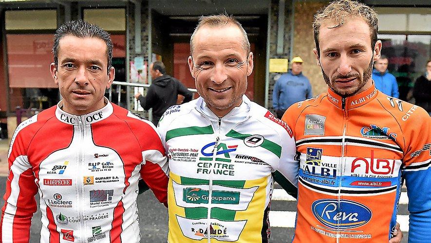 Laurent Bressolis (au centre).
