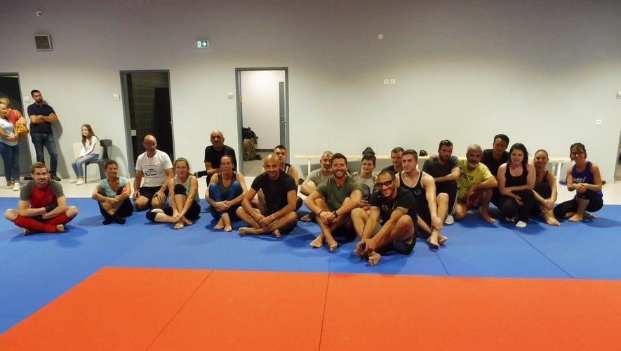 Une vingtaine de participants ont suivi le premier entraînement.
