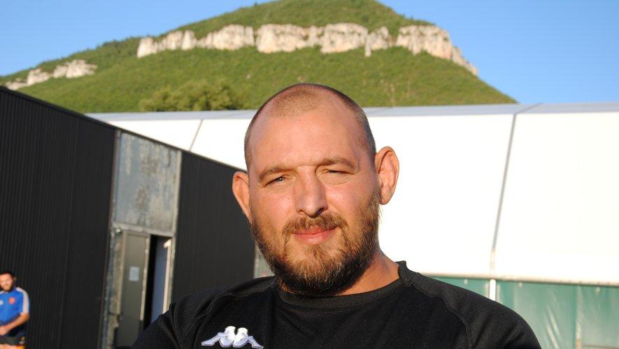 Sébastien Petit sort de deux ans loin des terrains.