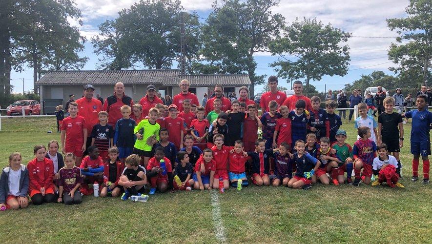 Les jeunes voulant pratiquer le football sont invités à se rapprocher du club.