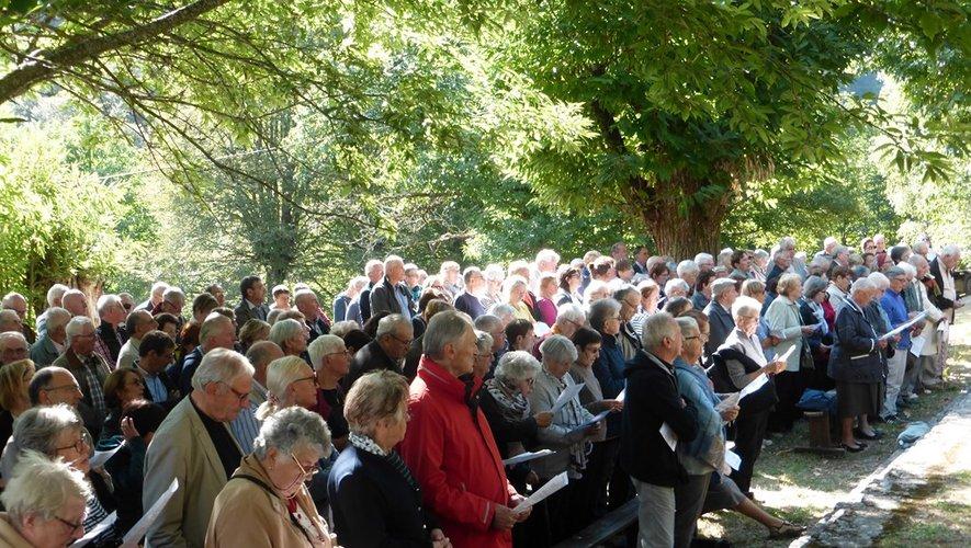De très nombreux pèlerins à Notre-Dame-de-Lez