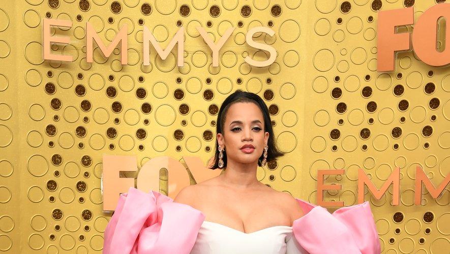 Dascha Polanco a joué les Barbie d'un soir dans une somptueuse robe blanche et rose signée Christian Siriano. Los Angeles, le 22 septembre 2019.