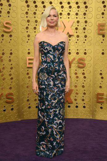 Michelle Williams a fait sensation dans une robe bustier signée Louis Vuitton. Los Angeles, le 22 septembre 2019.