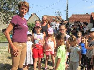 Enfants et parents ont assisté à la présentation du centre.