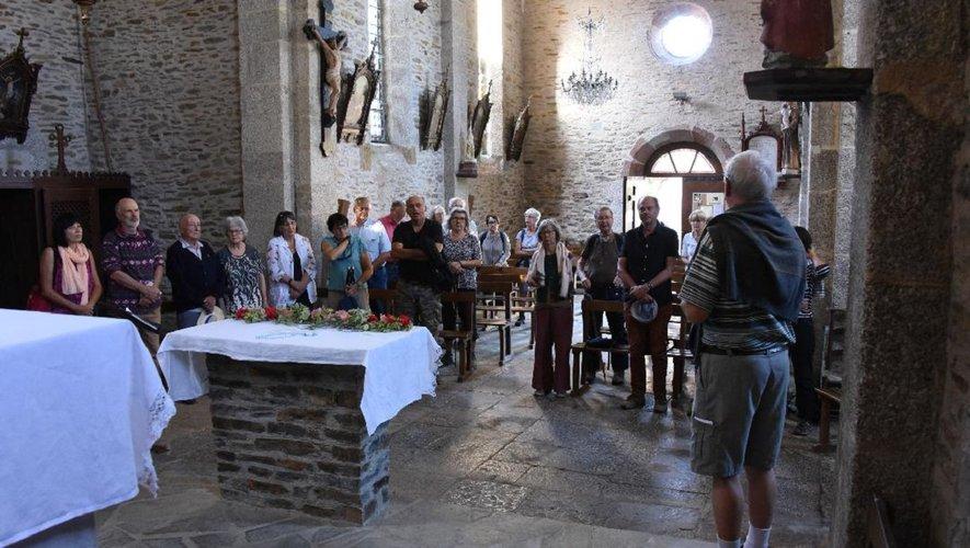 Dans la belle église de Saint-Marcel, chant avec Frère Jean-Daniel et Frère Jean-Régis pour la dernières pélerinade.