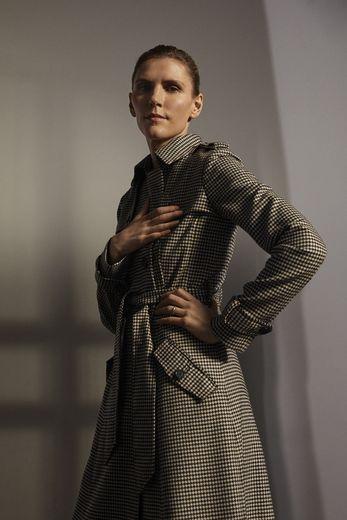 """Gabriela Hearst est également la 15e """"Mytheresa Woman"""", se dévoilant dans une vidéo pour la plateforme de luxe."""