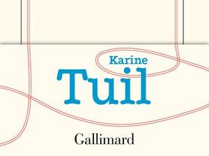 """Parmi les titres sélectionnés figurent deux titres présents dans la première sélection du prix Goncourt dont """"Les choses humaines"""" de Karine Tuil."""