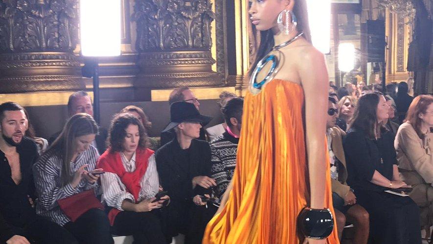 Olivier Rousteing a présenté sa nouvelle collection pour Balmain dans le somptueux Opéra Garnier à Paris.
