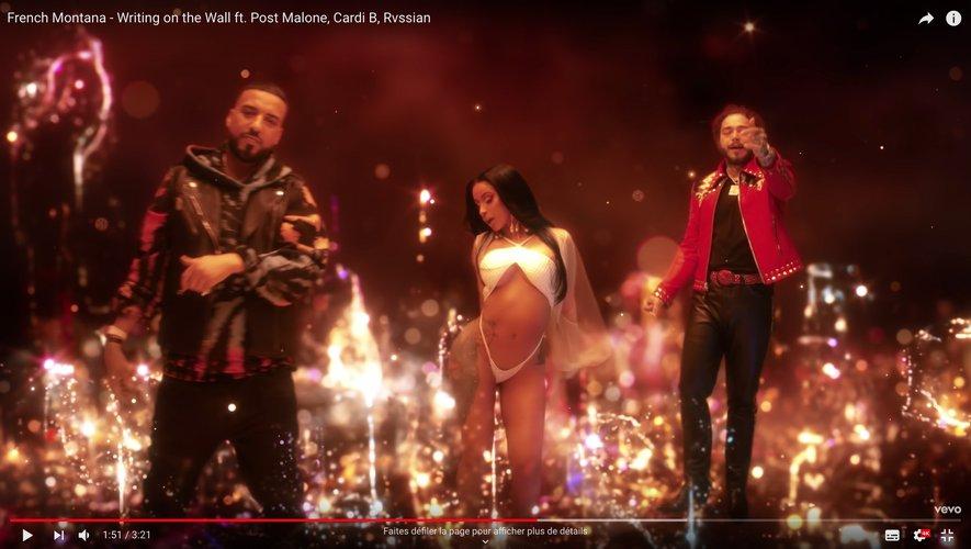 "French Montana avec Post Malone et Cardi B dans le clip de ""Writing on the Wall"""