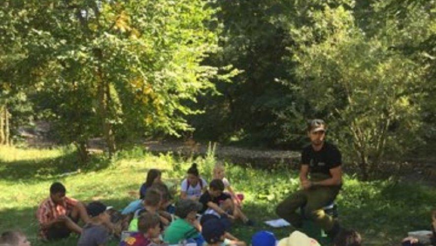Les enfants ont bénéficié des explications de l'animateur Alexian Litre.