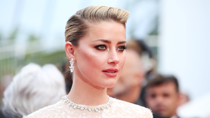 Amber Heard, égérie L'Oréal Paris.