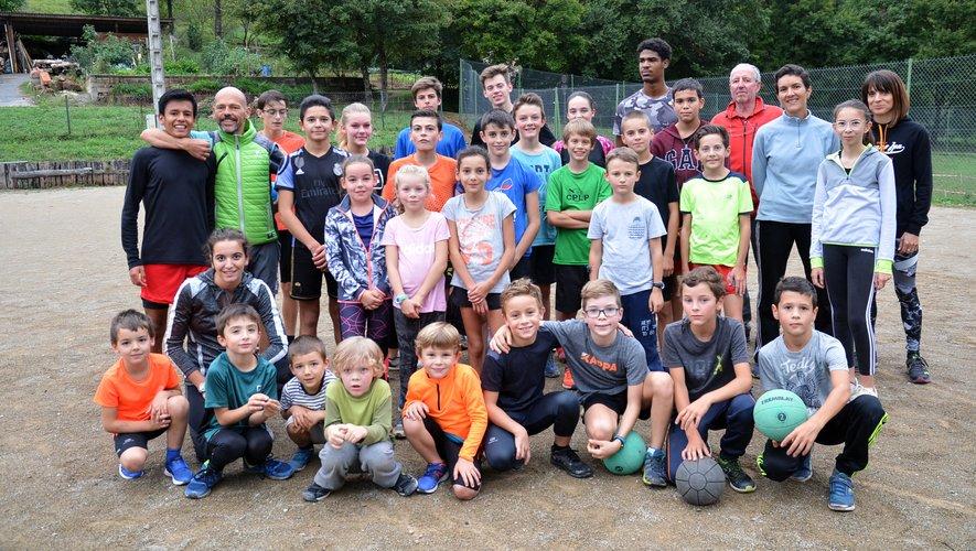 Une cinquantaine de jeunes athlètes licenciés à Athlé Vallon.