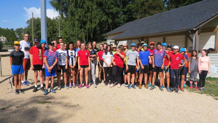 Les élèves de 3e ont participé à la course parrainée.