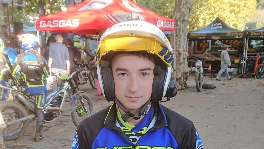 Le jeune pilote castonétois au guidon de sa Sherco 250 cc.