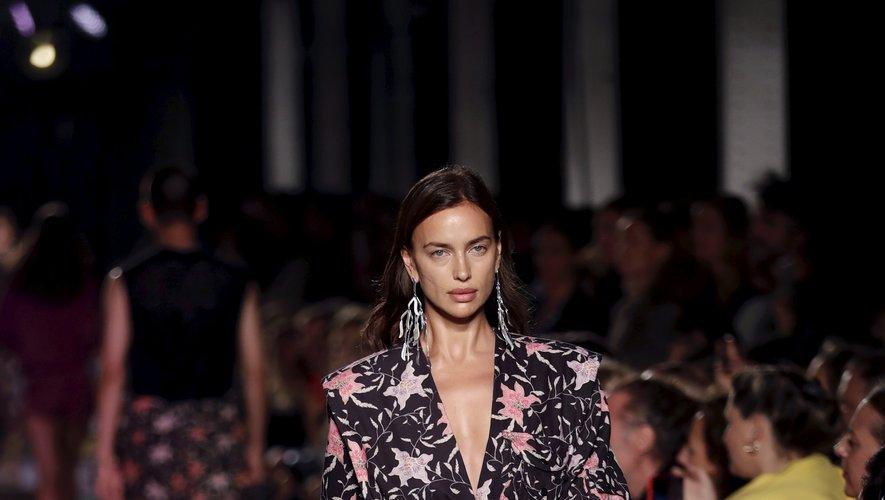La silhouette chic et sensuelle d'Isabel Marant. Paris, le 26 septmebre 2019.
