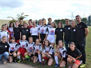 U12-U15 et U18 sont entraînées par Roxane (en bas à gauche) et Christophe.