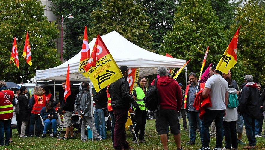 Jeudi dernier,  une grande manifestation était également prévue à Bourran. Malgré le report du Grand débat, quelques participants y ont marqué leur présence.