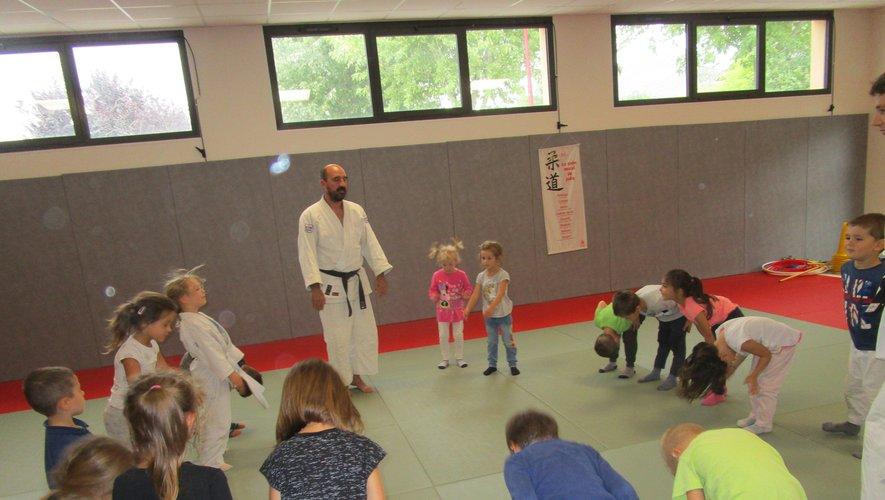 Les élèves ont pu pratiquer différents petits jeux.
