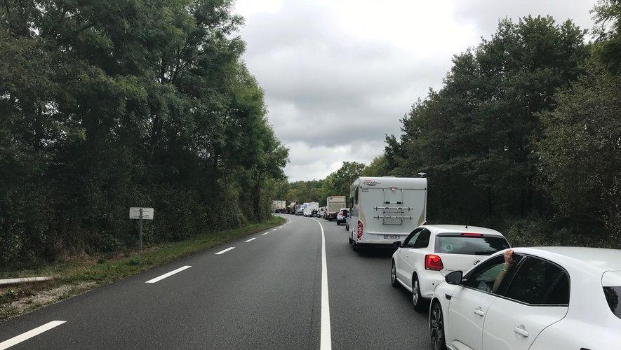 Le trafic est à l'arrêt sur la N.88 en direction de Laissac.