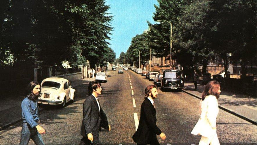 """Le album des Beatles """"Abbey Road"""" est de nouveau en tête du hit-parade 50 ans après sa première édition."""