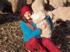 Avec Laura Bousquet,  le Mohair aveyronnais tisse des liens à Paris