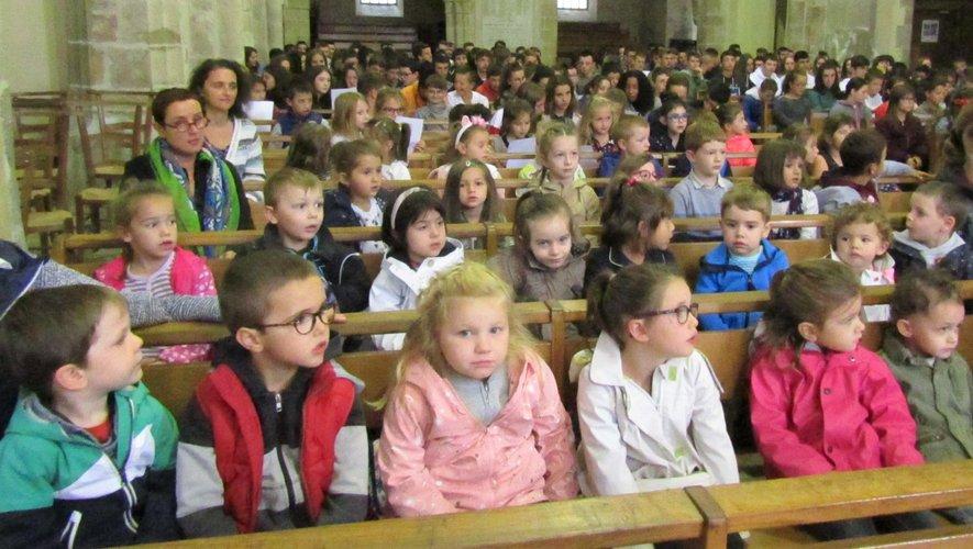 Des élèves invités à se souvenirde leurs engagements.