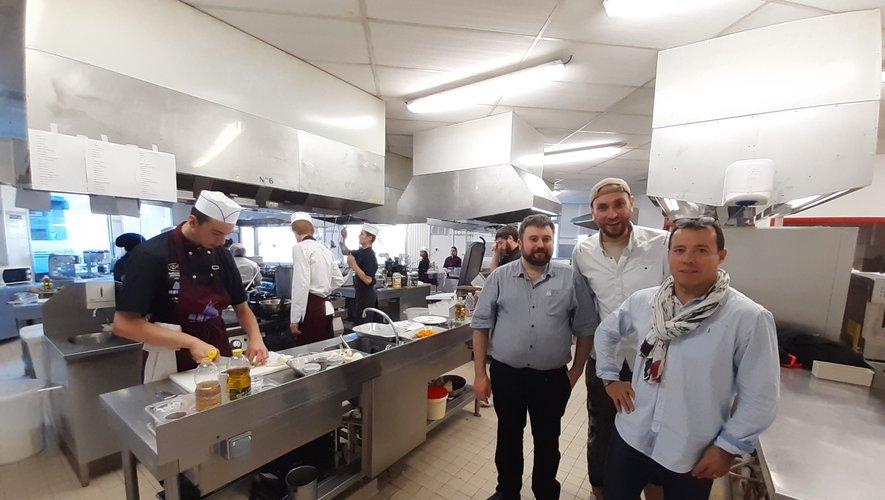 Un concours sous l'oeil notamment de Michel Santos, président de l'Umih, de Nicolas Geniez, également de l'Umih et de Cédric Gaston, de l'auberge de l'Ady.