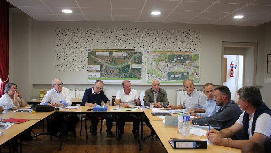 Lors de la réunion en mairie de Flagnac.