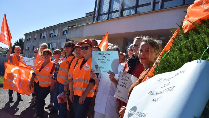 « Faut-il porter plainte contre notre employeur, qui est l'État ? », s'interrogent des syndicalistes.