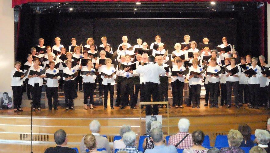 La chorale Mélodica accompagnée d'autres chorales amies se produira à la Doline dimanche 13 octobre à 17 heures en faveur des Restos.