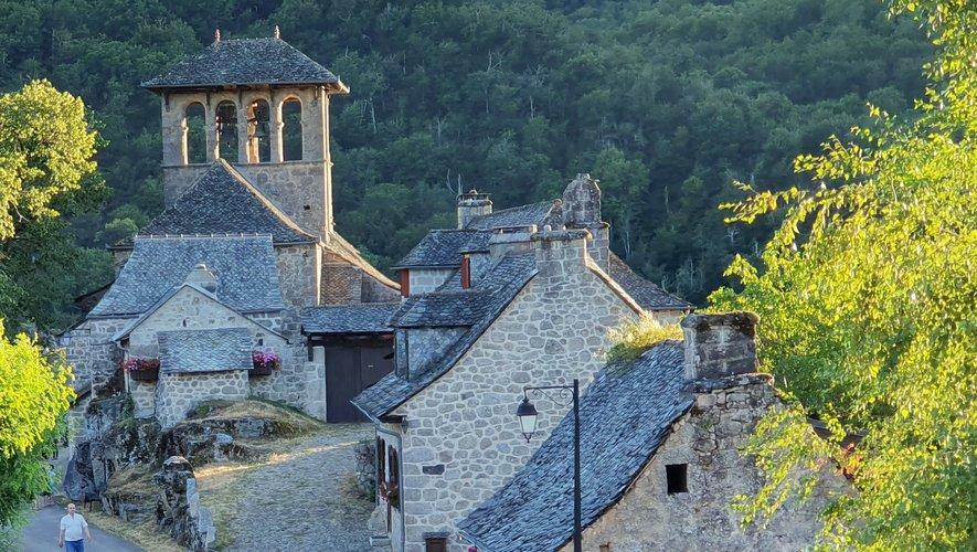 Le village de Bes-Bédène.