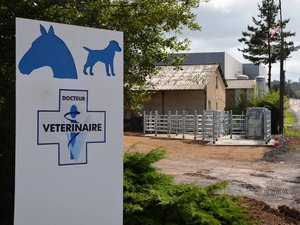 Le nouveau parc de contentionde la clinique vétérinaire complètele dispositif d'accueil déjà en place.