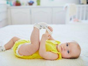 Pour un même couple de parents, le poids de naissance du second enfant né par replacement d'embryon réchauffé est plus élevé (environ 3,5 kg) que celui du premier enfant né après replacement d'embryon frais (3,25 kg).