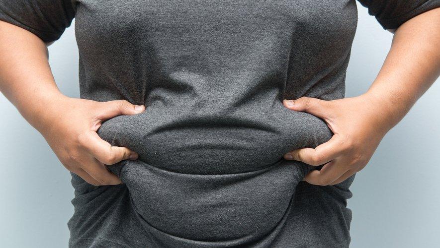 L'obésité responsable de diabète, de maladies cardiovasculaires et de cancers, réduit l'espérance de vie et coûte cher