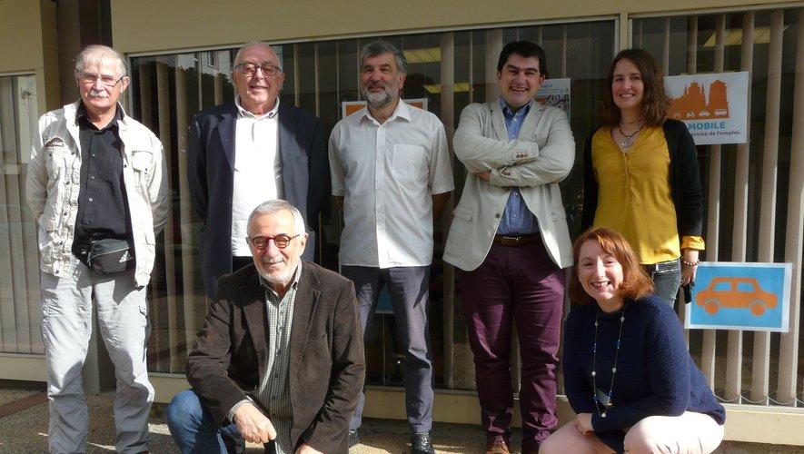 Les partenaires de l'opération lors du lancement de l'opération « Cité mobile ».
