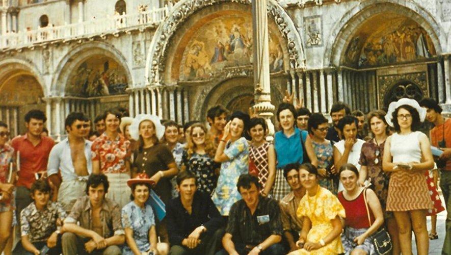 Les jeunes du Vallon à Venise en 1971.