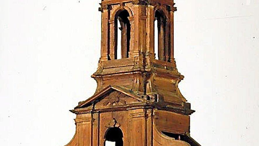 Maquette du XVIIIe siècle de la façade occidentale de l'église Saint-Amans lors de sa reconstruction (visible au musée Fenaille).