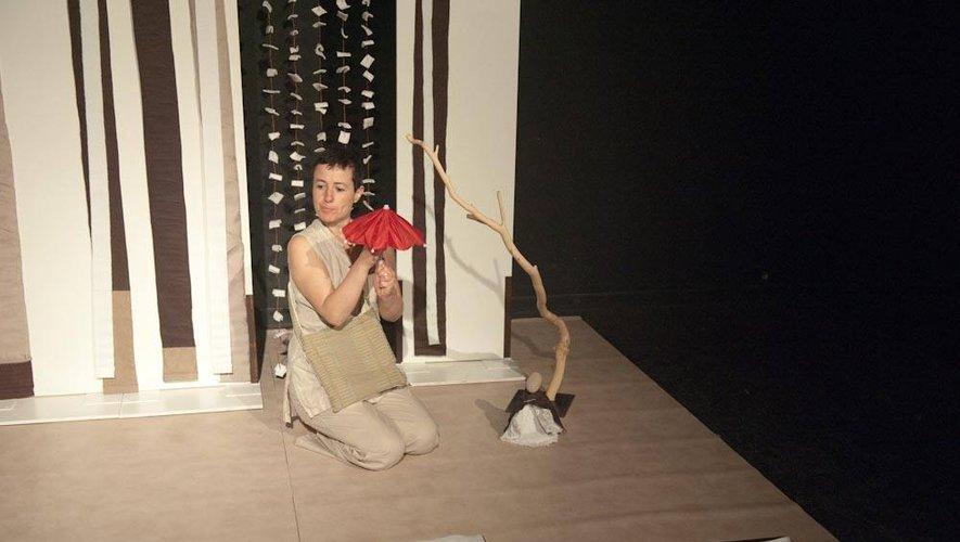 Sandra de Boerdère dans son spectacle « Kyu ».