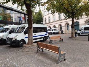 La préfecture de l'Aveyron est sous bonne protection...
